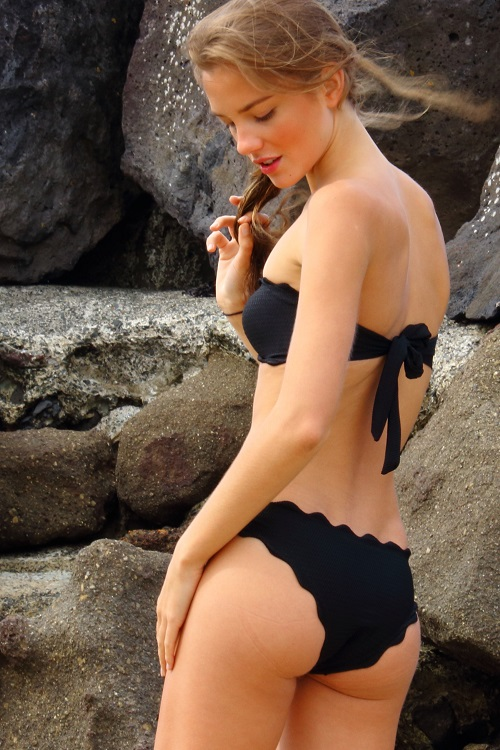 black-bandeau-scallop-cut-mermaid-bikini
